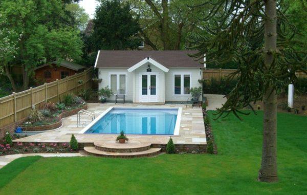 daisy garden pool cabana